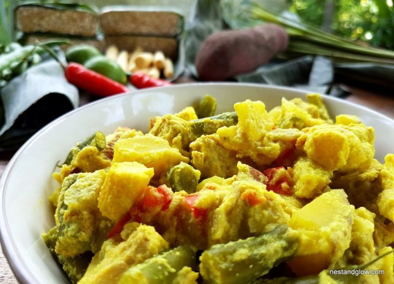 Close up Golden Tempeh Curry Recipe
