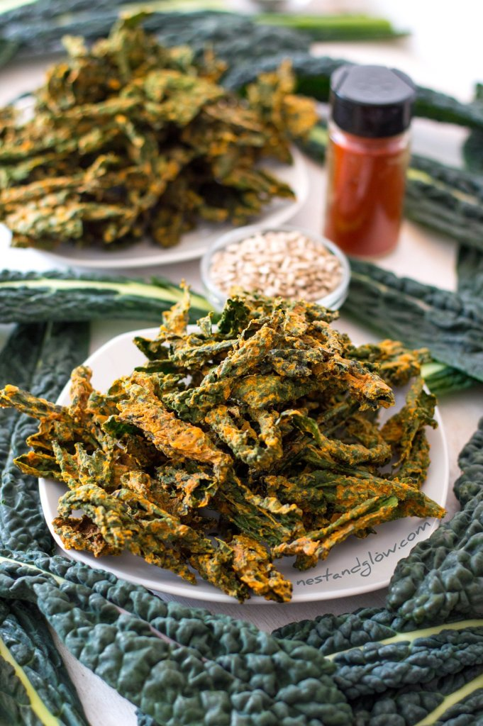 Smokey Cheesy Kale Crisps