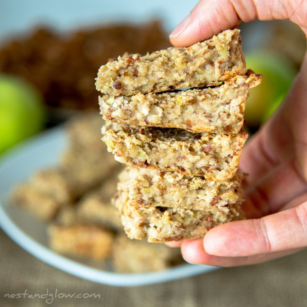 no added sugar breakfast bars that are sweetened with whole apples