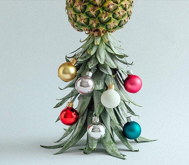 inverted pineapple tree