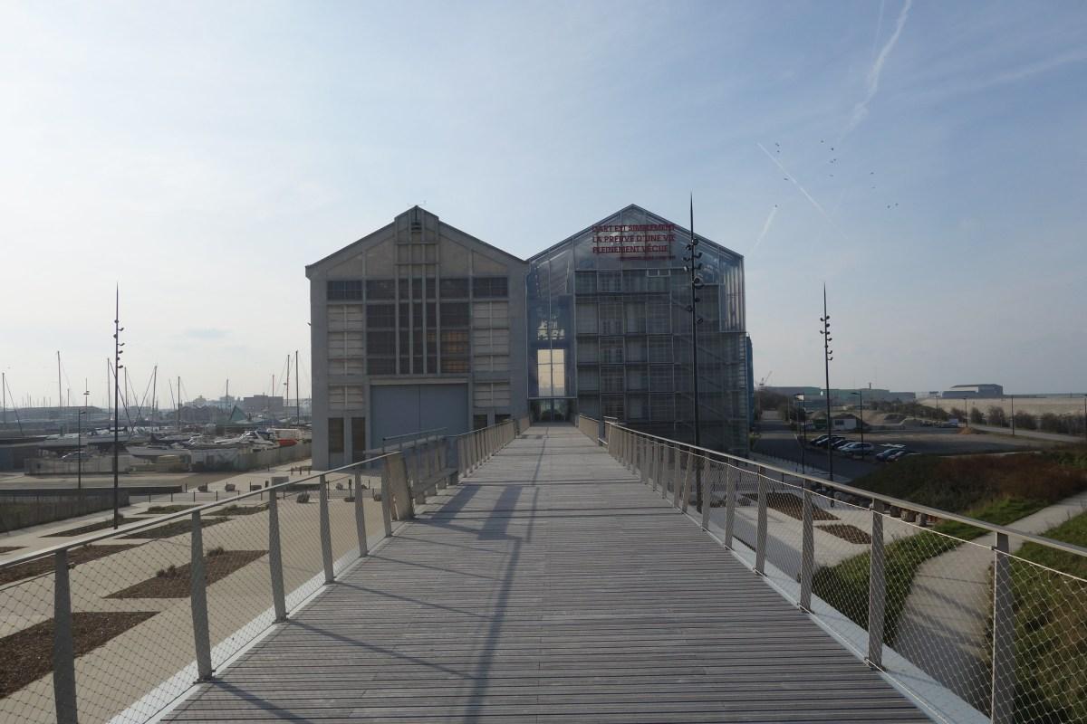 FRAC (Lacaton & Vassal), Nord pas de Calais by William Veerbeek (CC BY-NC-SA 2.0)