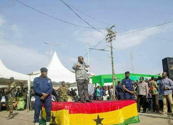Akufo-Addo's 'flag-stepping' photo sparks controversy