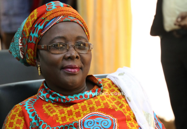 Minister orders Births and Deaths Registry to register local names