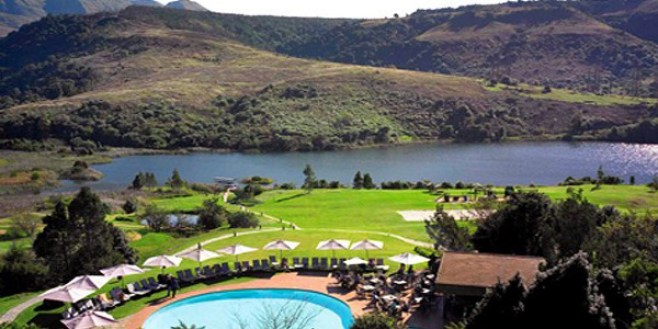 The Drakensberg view in South Africa, Explore the Mountains!