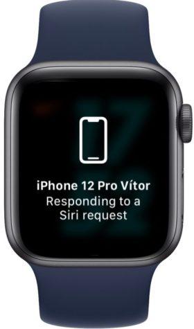 Ilustración usando Apple Watch para desbloquear un iPhone con una cara oculta en iOS 15