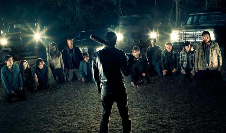 the walking dead promo 12 saison 7 walking dead 960681 1 1024x603 Ajouts de la semaine : les flop et les top !