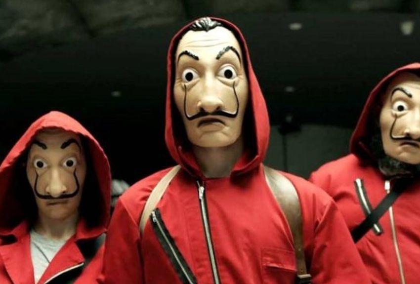 """La Casa de Papel : le """"professor"""" dévoile le visage et le nom d'un nouveau membre (Netflix)"""