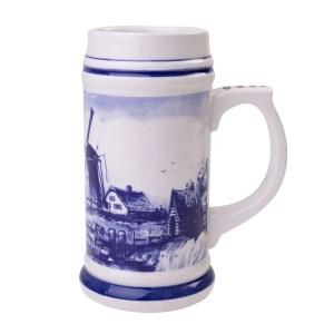 giant beer mug