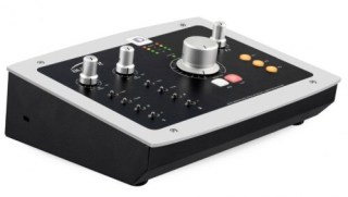 Audient iD22 ad/DA interface and monitoring system