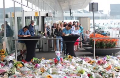 Schiphol-Airport-Memorial-MH17-Victims-July-2014
