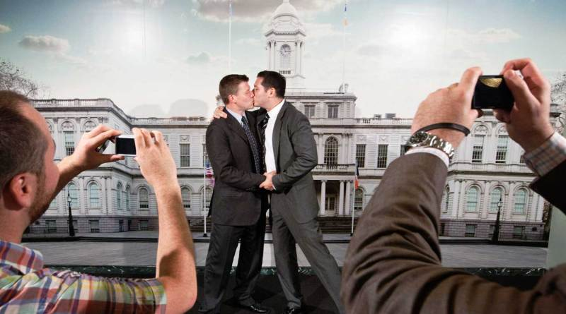 maximum same sex couples married in New York- Netmarkers