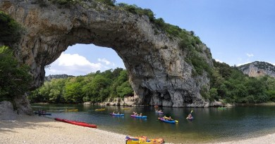 Pont D'arc, France-Netmarkers