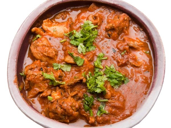 Top Ten Mouth Watering Chicken Curry Recipes - Spicy Malvani Chicken Curry