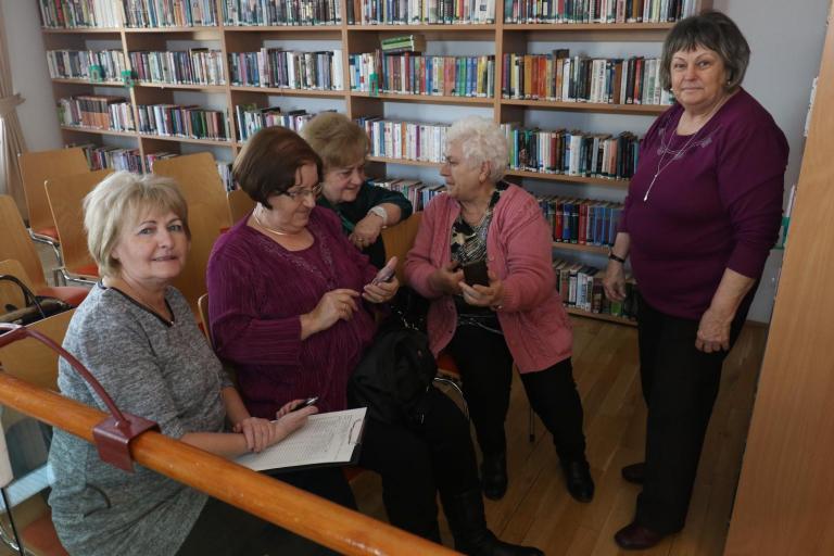 A nagymamák is vágynak a digitális tudásra