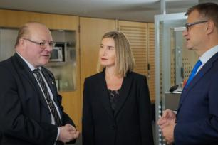 Matti Saarelainen, Federica Mogherini and Juha Sipilä (from left to right) (C) European Parliament Audio Visual Dept