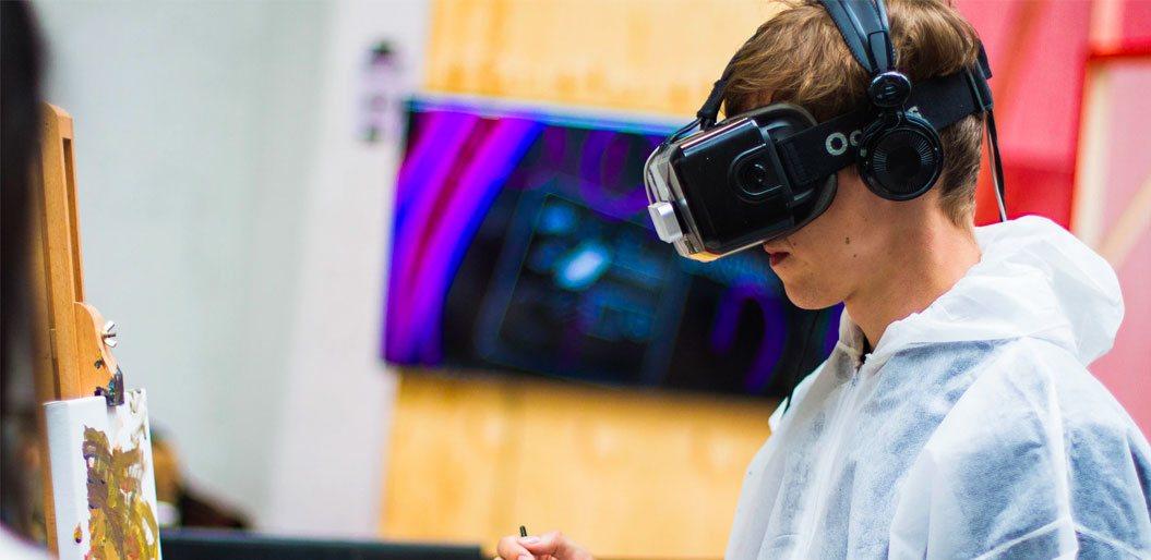 AR/VR trends in mobile app development