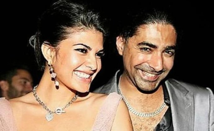 Intimate photos of Jacqueline Fernandez with ex lover goes viral