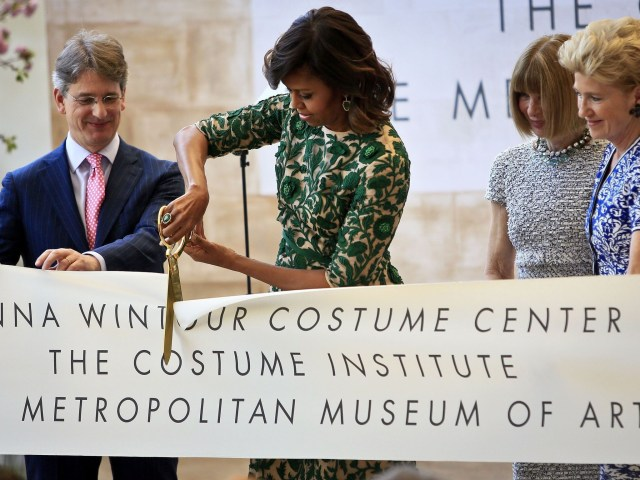 Ribbon cutting by Michelle Obsma of Anna Wintour Costume Center,, May 2014