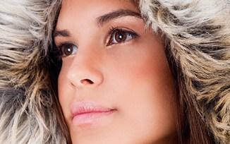 Model Gesicht mit Mütze
