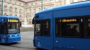 anschnallpflicht, gurtpflicht, öpnv, straßenbahn, bus, u-bahn, s-bahn