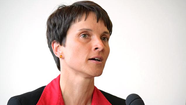 """Zufrieden mit dem """"ersten Schritt zur Vernunft"""": Frauke Petry"""