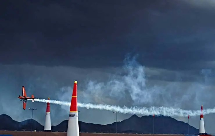 Hamilton Offizieller Zeitnehmer Des Red Bull Air Race World Championship