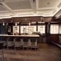 IWC Schaffhausen eröffnet direkt neben ihrer Boutique an der Rue du Rhône in Genf die Bar «Les Aviateurs» im Stil eines exklusiven Gentlemen's Club