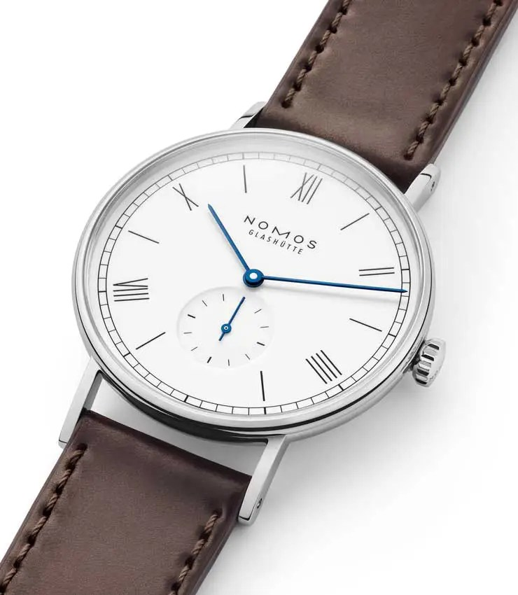 Nomos Ludwig 38 emailleweiss
