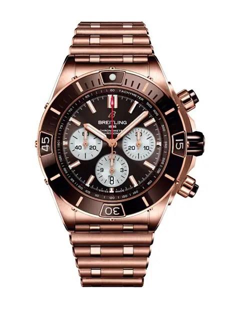 Breitling Super Chronomat B01 44 in 18 k red gold_Ref. RB0136E31Q1R1, ab € 22.400