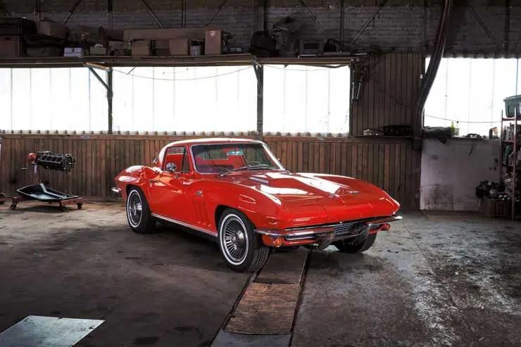 740.35 chevrolet corvette red