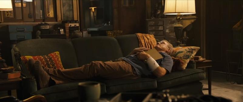 Der Arzt Dr. Dyson Ido (Christoph Waltz) lebt in der fernen Zukunft.