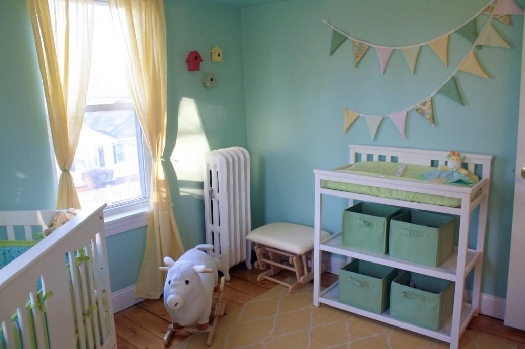 chambre vert deau bebe