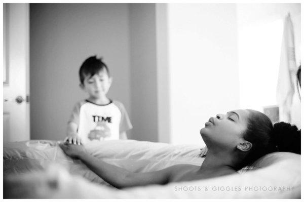 photographes-professionnels-immortalisent-debut-accouchement-6
