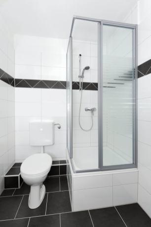 Dusche und WC