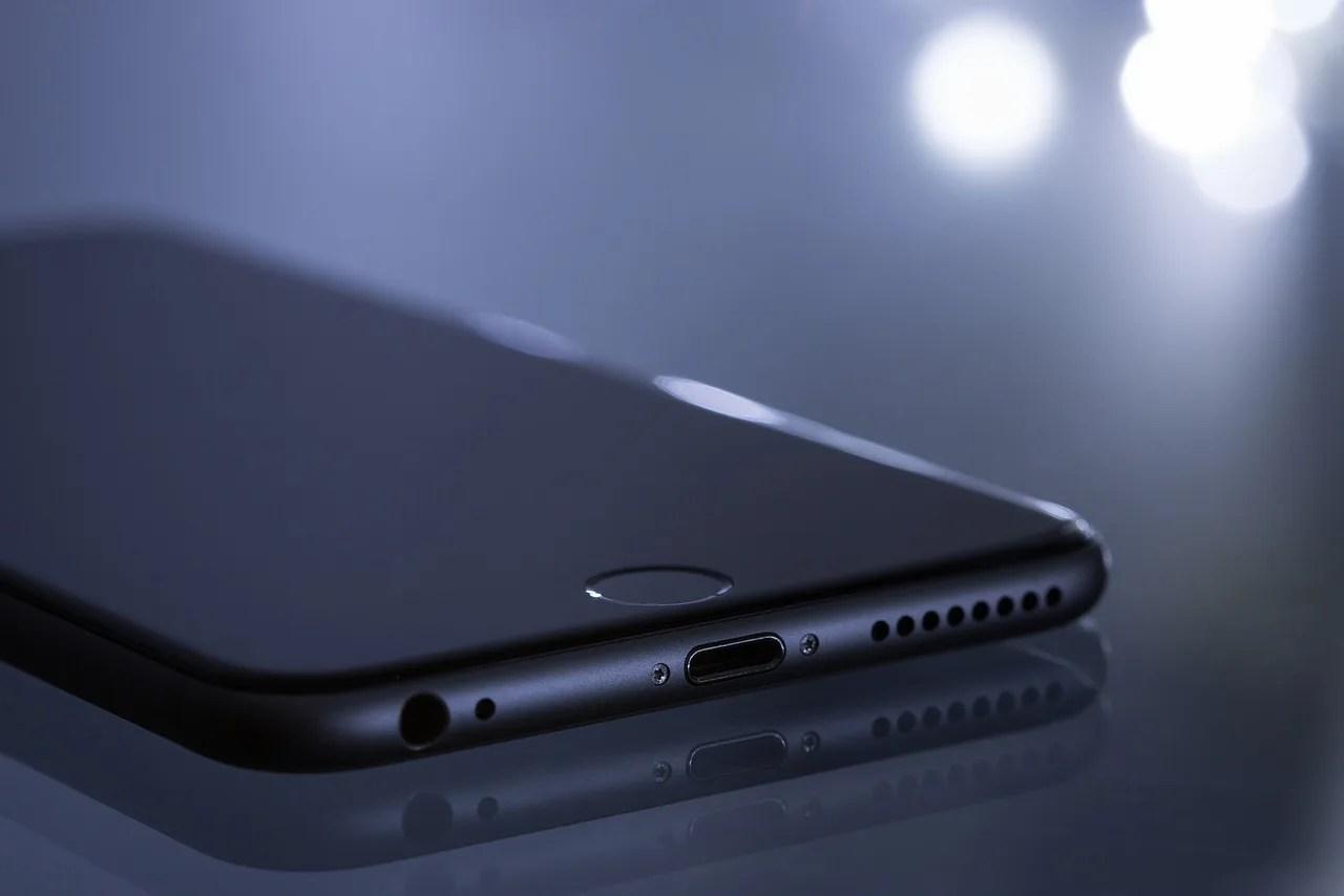 2018年のiPhone9はディスプレイが5.28インチと6.46インチに。