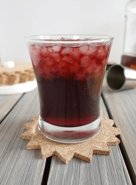 This cocktail is simple, easy to make and perfect for anyone who wants a low-sugar cocktail. The tart cherry juice only adds about 4 grams of naturally occurring sugar, but it provides lots of health benefits and delicious flavor!