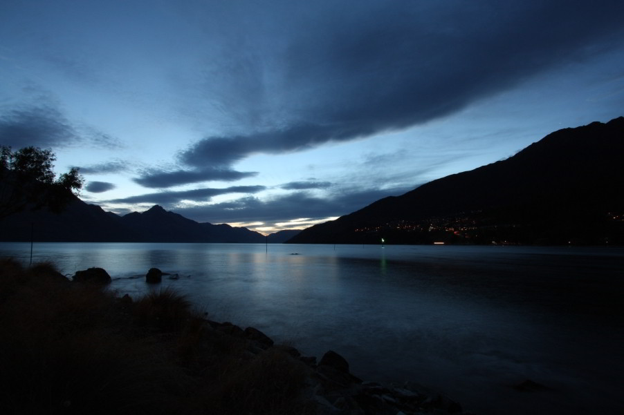 Lake Wakatipu bei Queenstown Gardens
