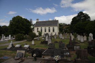 Kirche und Friedhof von Russell