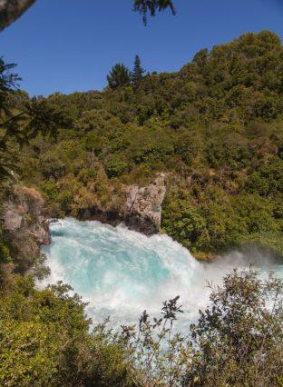 Huka Falls mit Natur