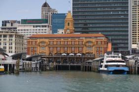 Das Hafengebäude von Auckland
