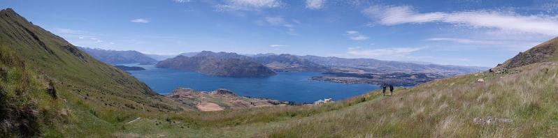 Panoramaansicht vom Roys Peak Track mit Lake Wanaka.