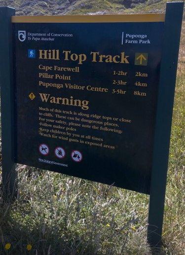 Wegweiser zum Hill Top Track
