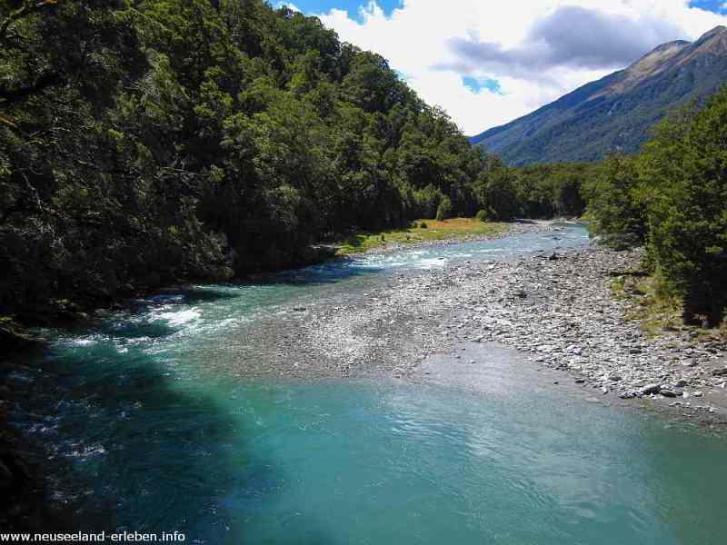 Hasst Pass River