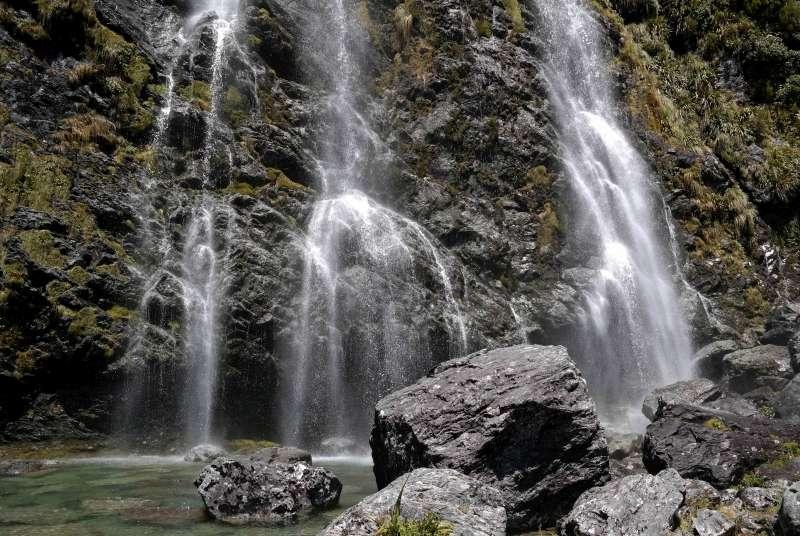 Earland Falls auf dem Routeburn Track Neuseelands