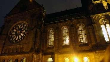Martin-Luther-Kirche bei Nacht