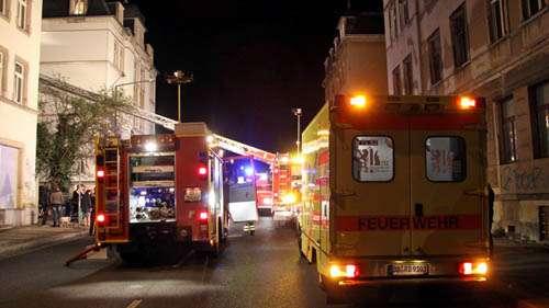 Großes Feuerwehr-Aufgebot in der Rudolf-Leonhard-Straße - Foto: Brennpunktfoto