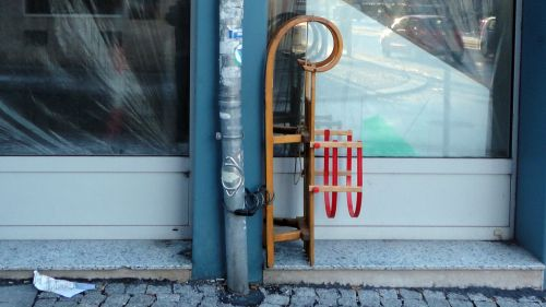 Gesehen am Schwalbennest (Alaunstraße)