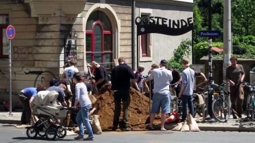 Helfer vorm Oosteinde (Stadtteilhaus)