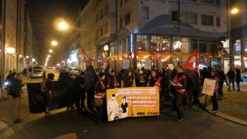 Etwa 80 Unterstützer der BNG-FAU zogen heute Abend durch die Neustadt.