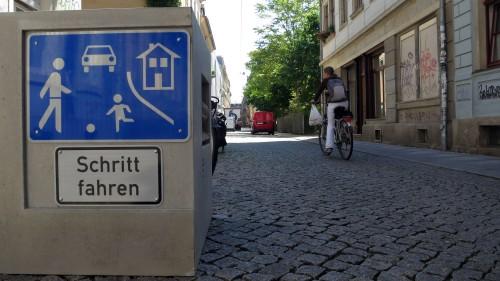 Doppelt hält besser - verkehrsberuhigte Zone auf der Böhmischen Straße
